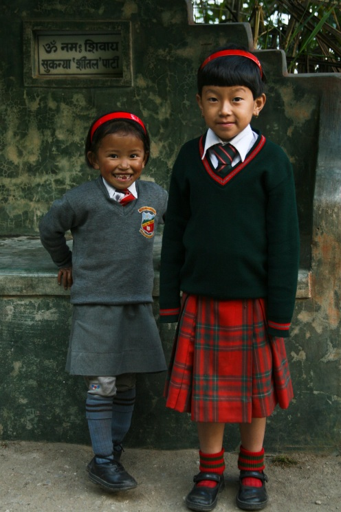 School girls (Darjeeling)